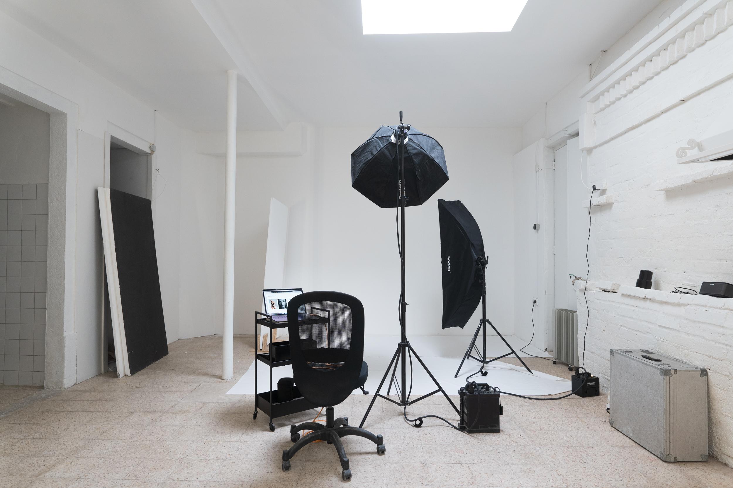 Contact Lisboa studio photographer